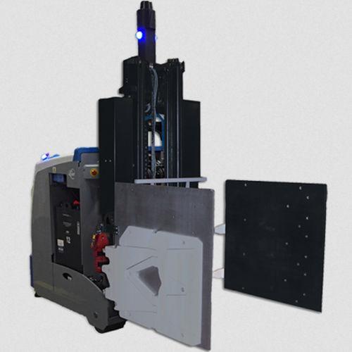 AGV materials handling clamp