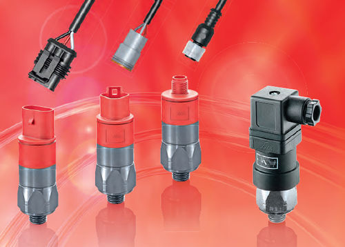 diaphragm pressure switch / piston / for hydraulic applications / for railway applications
