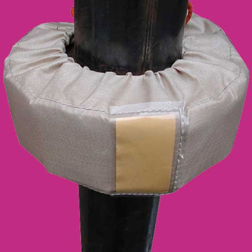 removable insulating blanket / for pipes / textile