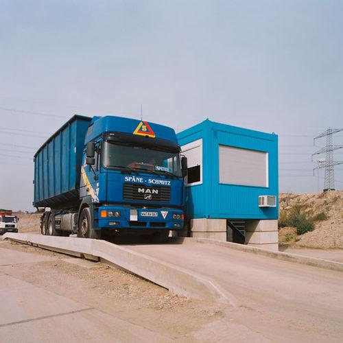truck weighbridge / concrete