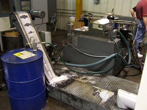 belt conveyor / magnetic belt / chip / horizontal