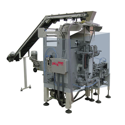 automatic packing machine / vertical / for wet wipes