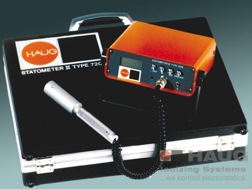 voltage measuring instrument