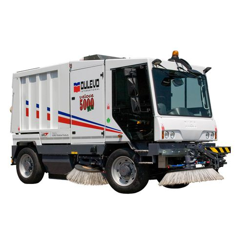 street sweeper / diesel / compact