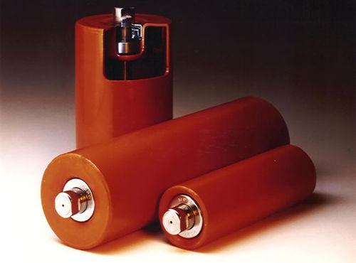 slip-on conveyor roller / steel