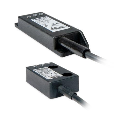 safety proximity sensor / magnetic / rectangular / for harsh environments