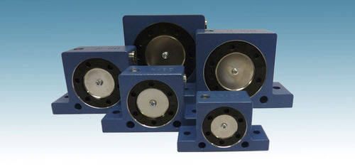 roller vibrator / pneumatic / multi-product / for concrete