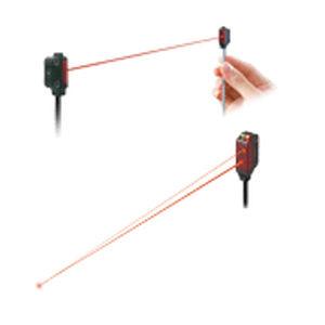 through-beam photoelectric sensor / rectangular / laser / miniature