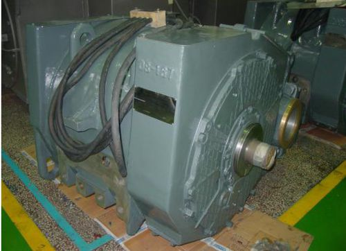traction motor / > 1000 V / for railway applications / for the mining industry