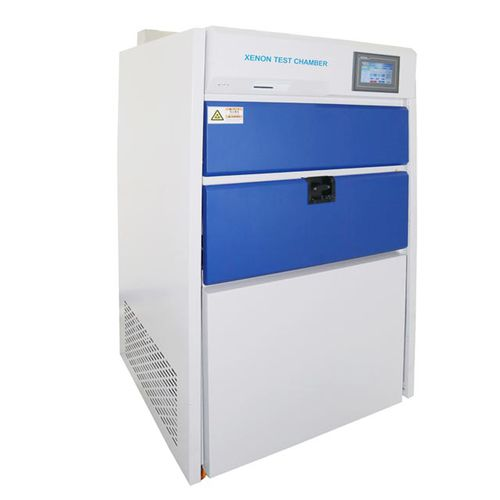water spray test chamber / with xenon arc lamp
