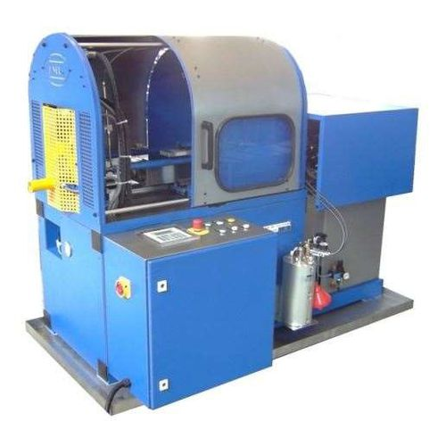 pipe-end forming machine