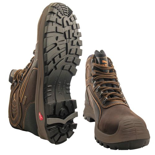 Outdoor activity safety boots