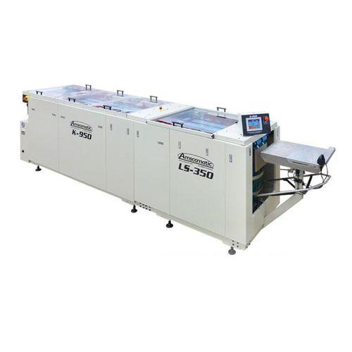 automatic folding machine / fabric