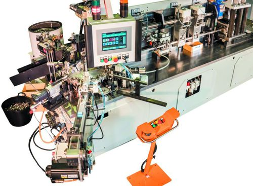 automatic assembly machine / for industrial applications / custom