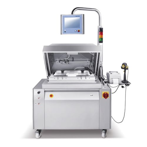 semi-automatic packing machine / vacuum / bell type / for the medical industry