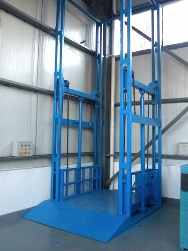 lifting platform / for construction sites / electric / for heavy loads