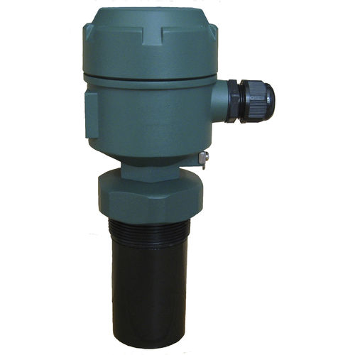 compact level sensor / ultrasonic / for liquids / temperature-compensated