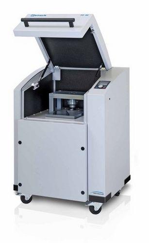 XRF sample preparation pellet press