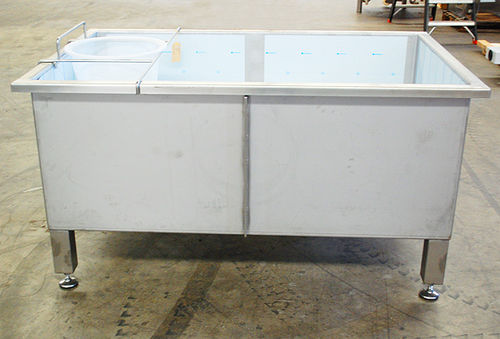 fluid collection tank