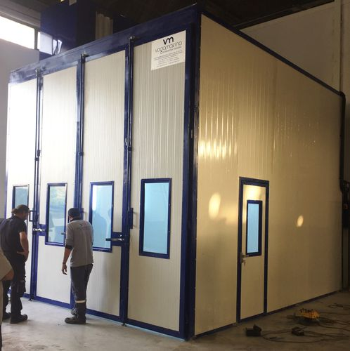 enclosed spray booth / for vehicles / dry filter / wet paint