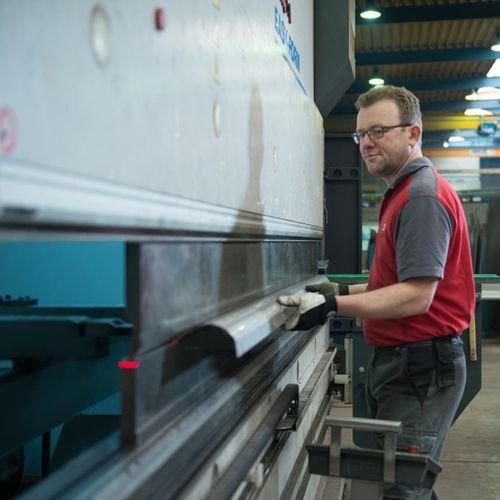 aluminum sheet bending / industrial / for the construction industry / EN 1090
