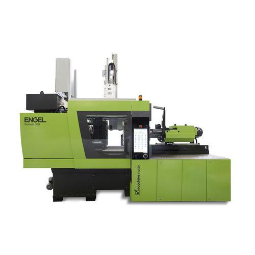 horizontal injection molding machine