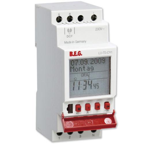 digital time switch / DIN rail