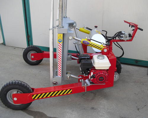 electro-hydraulic forklift / walk-behind / for the wood industry / handling