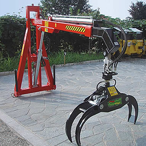forestry crane / on-platform / swing-arm / hydraulic