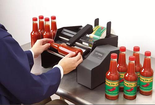 manual label applicator