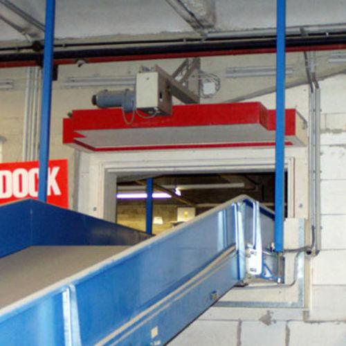 vertical sliding door