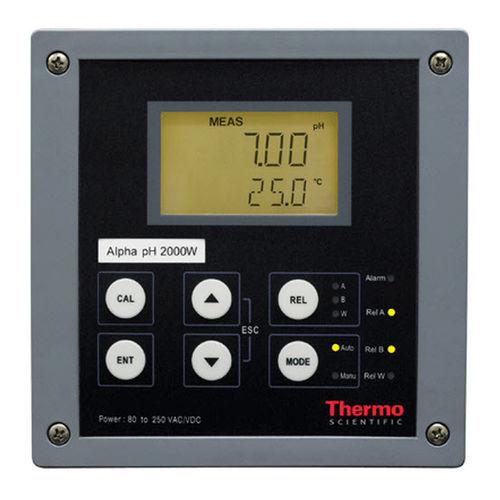 DIN rail pH transmitter