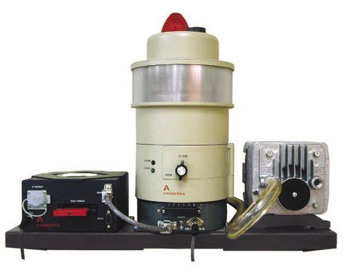 air monitoring device / alpha particle / environmental