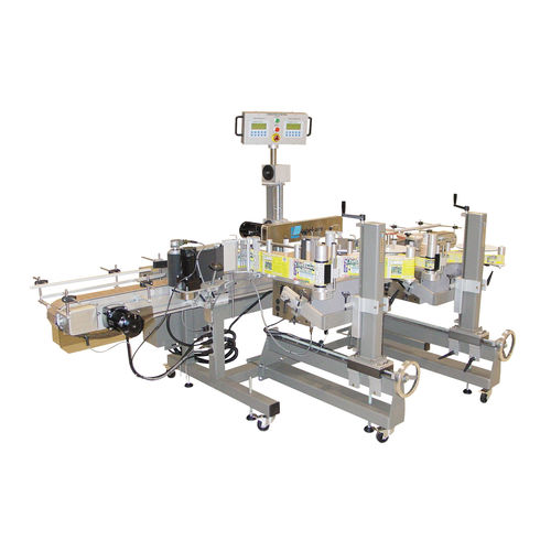 automatic labeler / in-line / side / for the pharmaceutical industry
