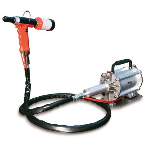 hydro-pneumatic riveter
