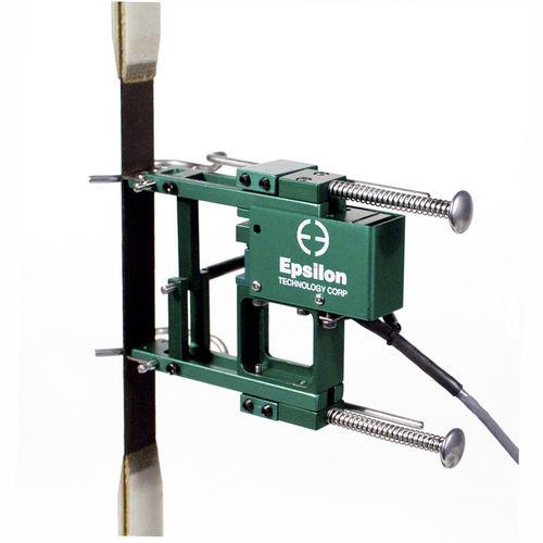strain gauge extensometer