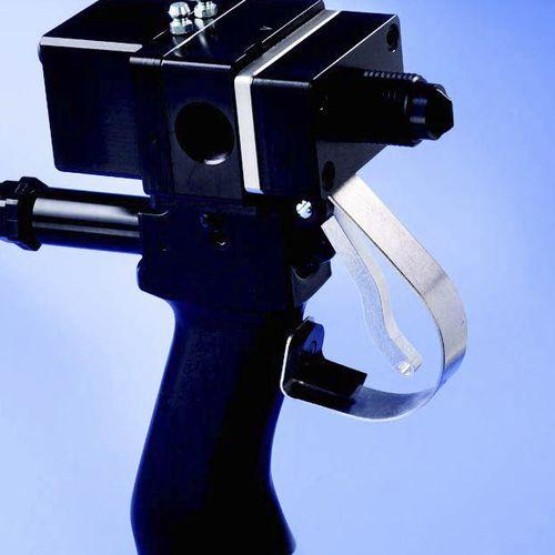 piston dispensing valve