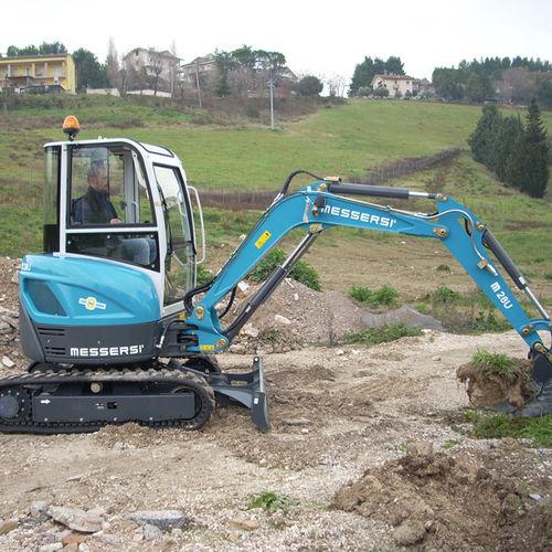mini excavator / crawler / Tier 2 / construction