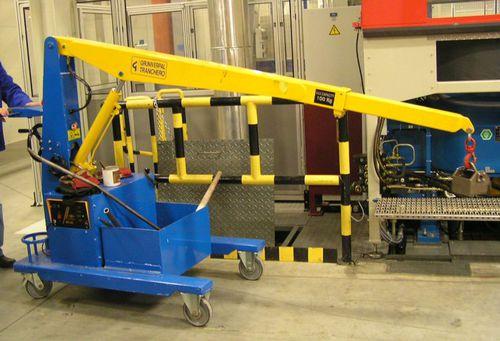 mobile crane / telescopic / boom / self-erecting