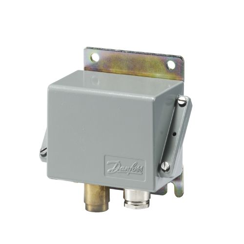 water pressure switch / diaphragm / differential / compact