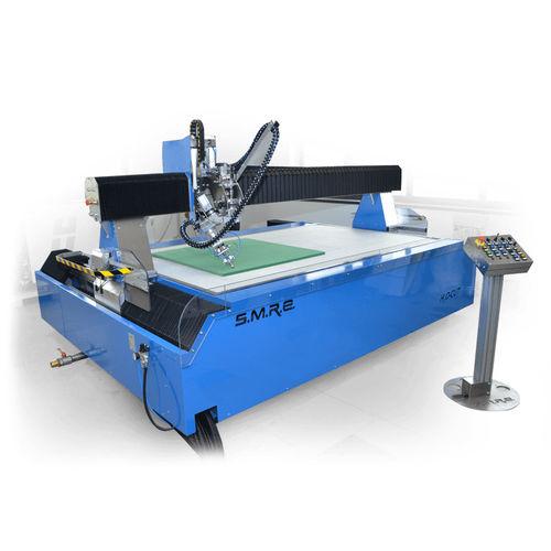 rubber cutting machine / foam / for leather / waterjet