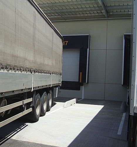 loading dock wheel-guide