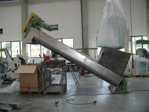 shaftless screw conveyor / for the recycling industry / chip / for bulk materials