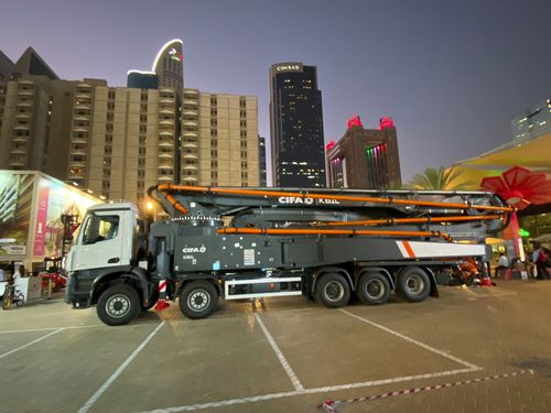 construction truck-mounted concrete pump