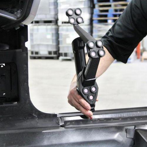 manually-controlled coordinate measuring machine - Creaform
