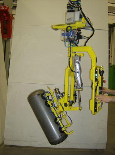 vacuum manipulator / for fire extinguishers / handling / rope