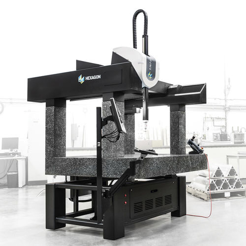 computer-controlled coordinate measuring machine