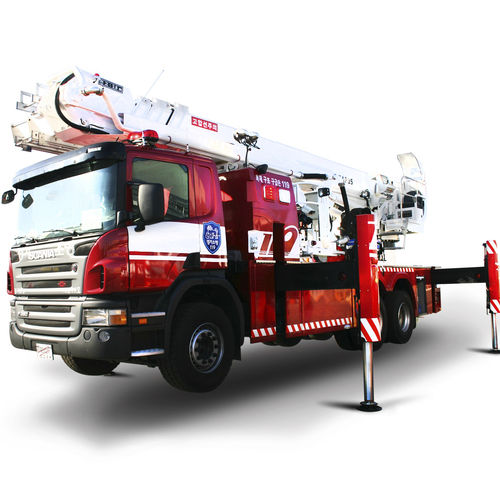 truck-mounted telescopic boom lift / outdoor / swing-arm / electric