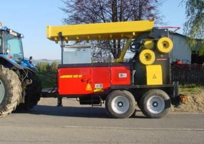 mobile crane / forestry / compact