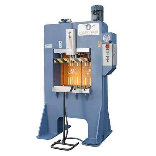 hydraulic press / forming / for production / vertical